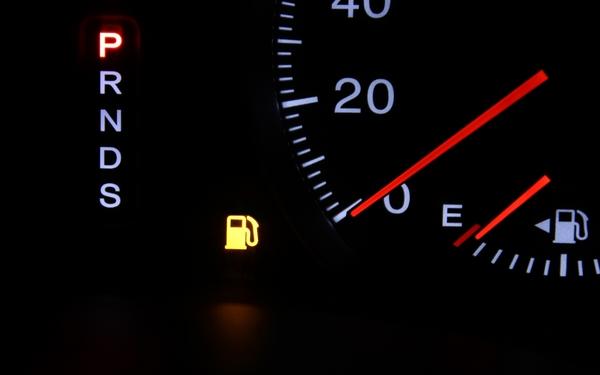 ✿ガソリン給油ランプ点灯!あと何km走れる?!