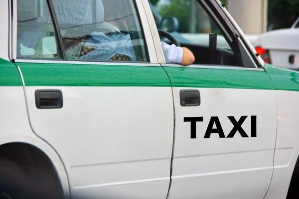 ✿驚愕!タクシーの走行距離と寿命!