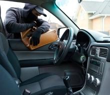 ✿車両盗難&車上荒らしにご注意!