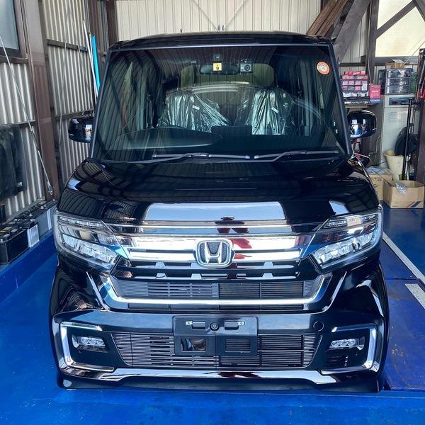 加古川市お住まいのY様N-BOX納車準備中でございます!!